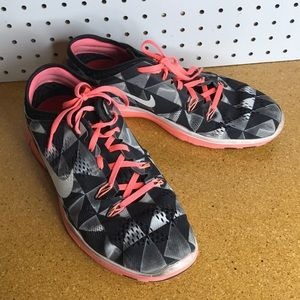 separation shoes eae10 2ff05 Women s Nike Free TR Fit 5 Running Shoes 5.0